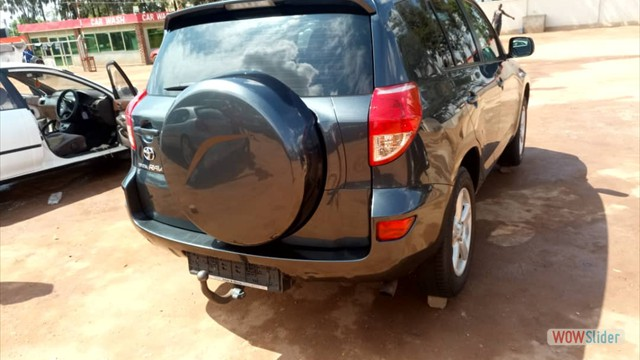 4X4 CAR HIRE TOYOTA RAV4 FOR RENT ENTEBBE AIRPROT, KAMPALA, KILIMANJARO, ARUSHA, KAMPALA, 4WD LAND CRUSER, PRADO, SAFARI JEEP KENYA