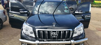 4x4 car hire Kilimanajro, 4wd car hire Entebbe, hire toyota prado Entebbe